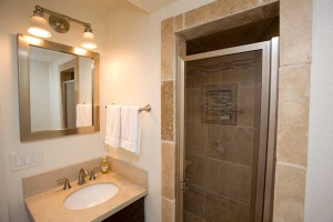 B-Unit-Bathroom-8374