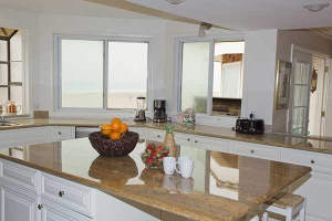 Penthouse-Kitchen-8305