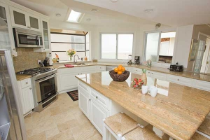 Penthouse-Kitchen-8315